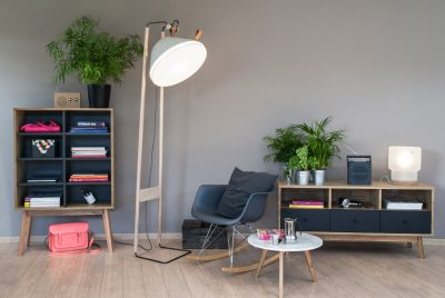 Lampadaire feutre et cuir par KNGB CRETATION sur Les Puces du Design