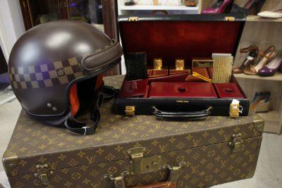 Vêtements Chanel vintage chez Brocante de Luxe